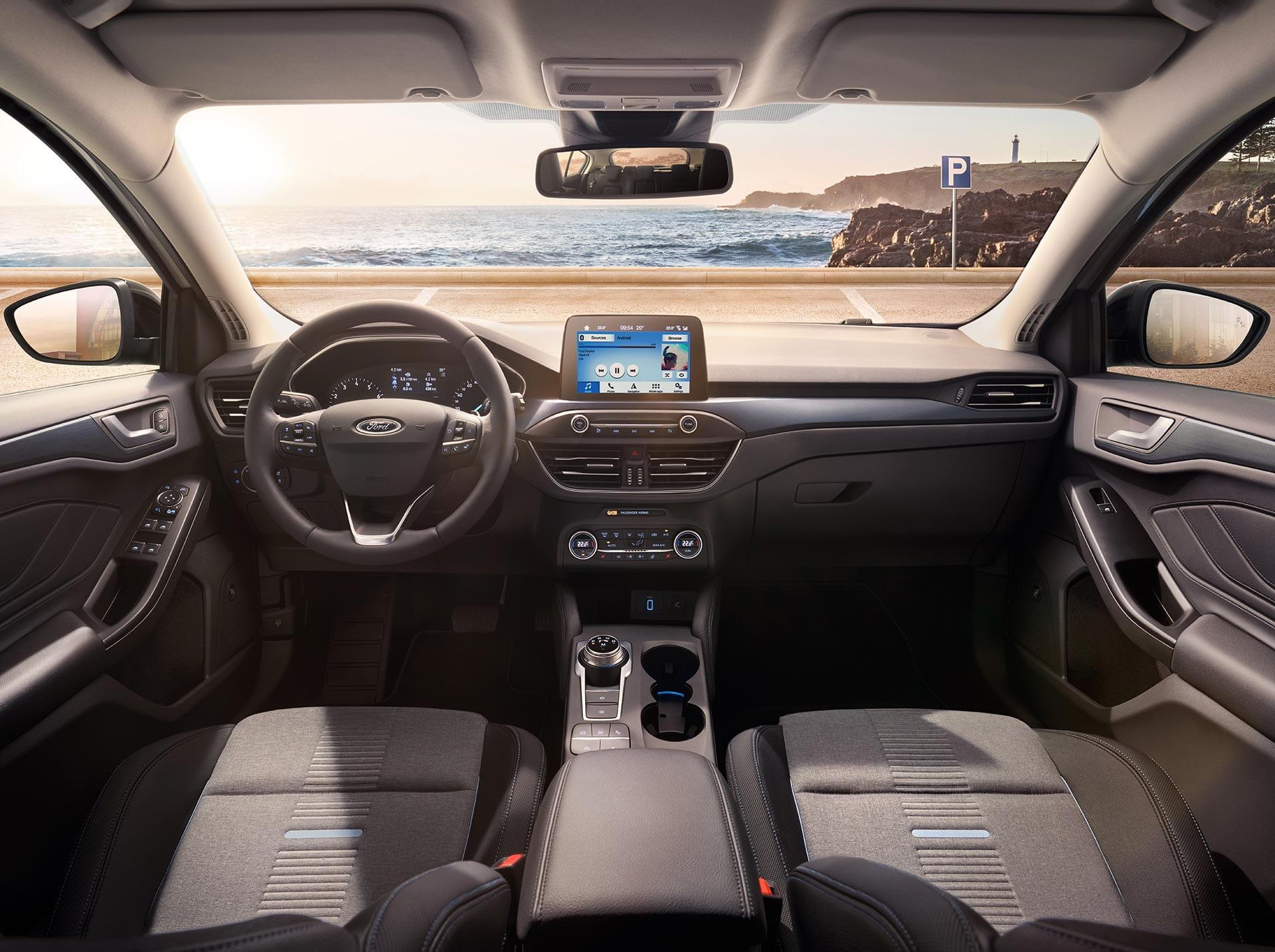 renting ford focus 1.5 ecoblue trend interior delantera