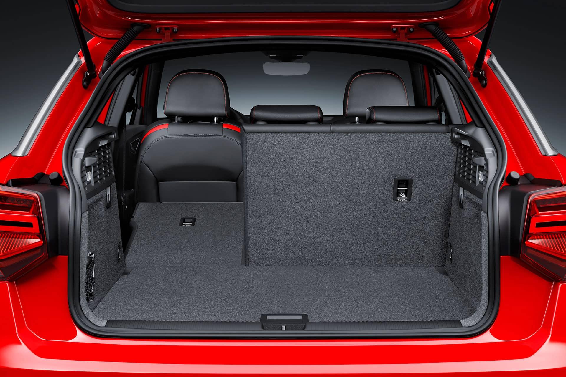 Renting Audi Q2 Maletero