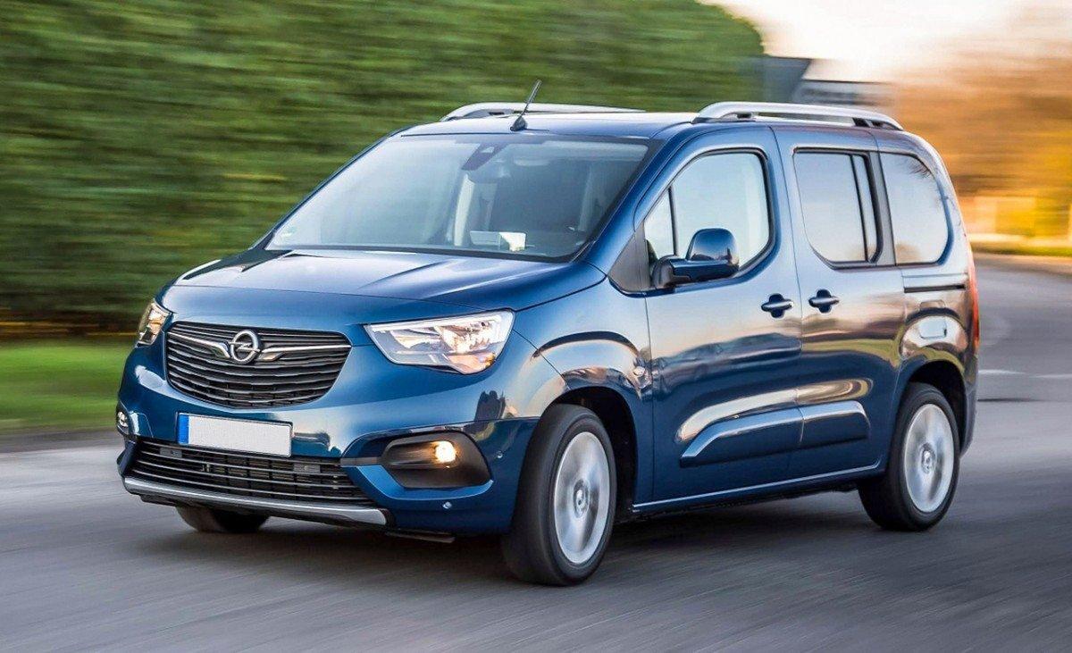 Renting Opel Combo Life