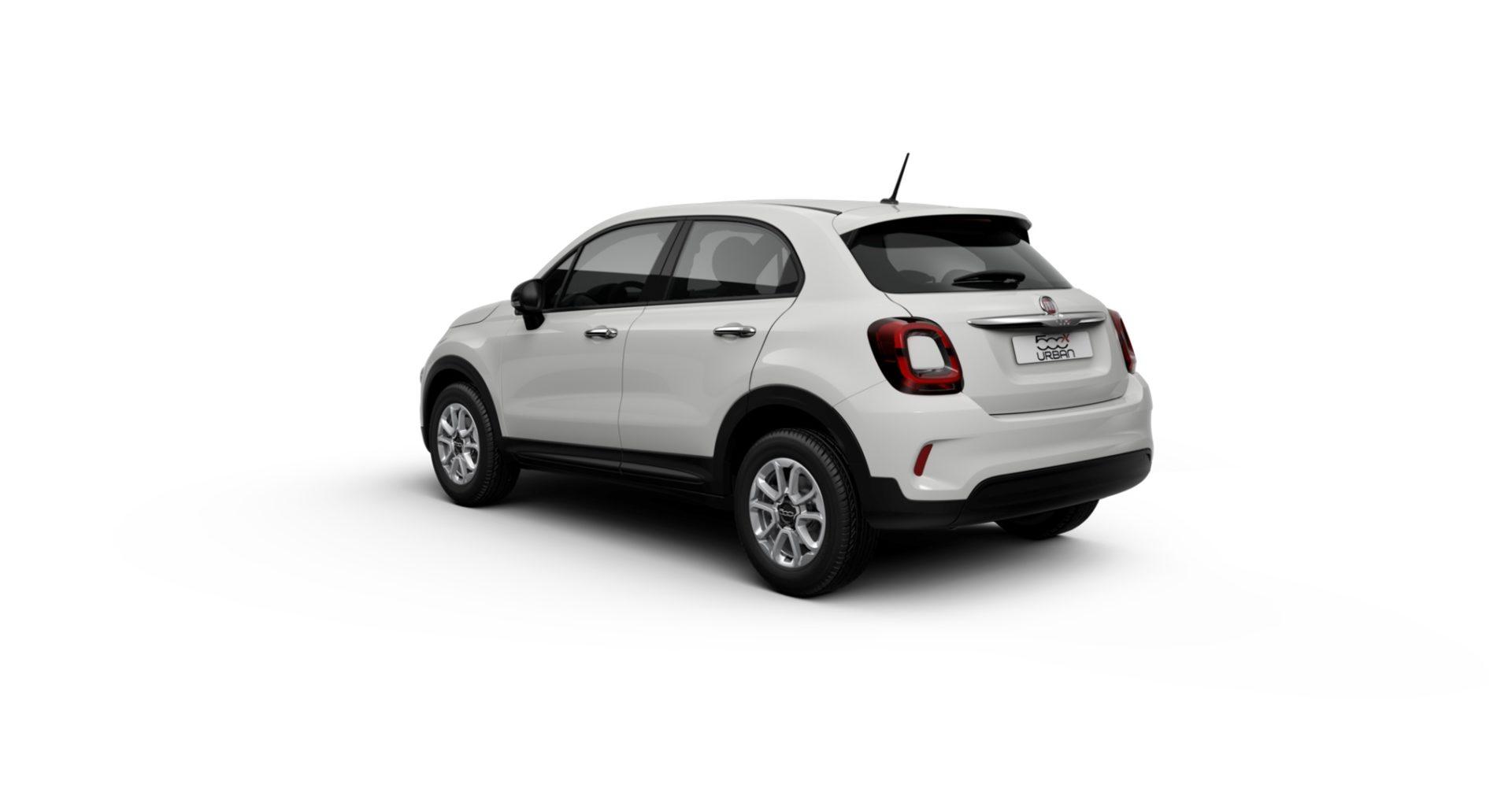 Renting Fiat 500X Trasera