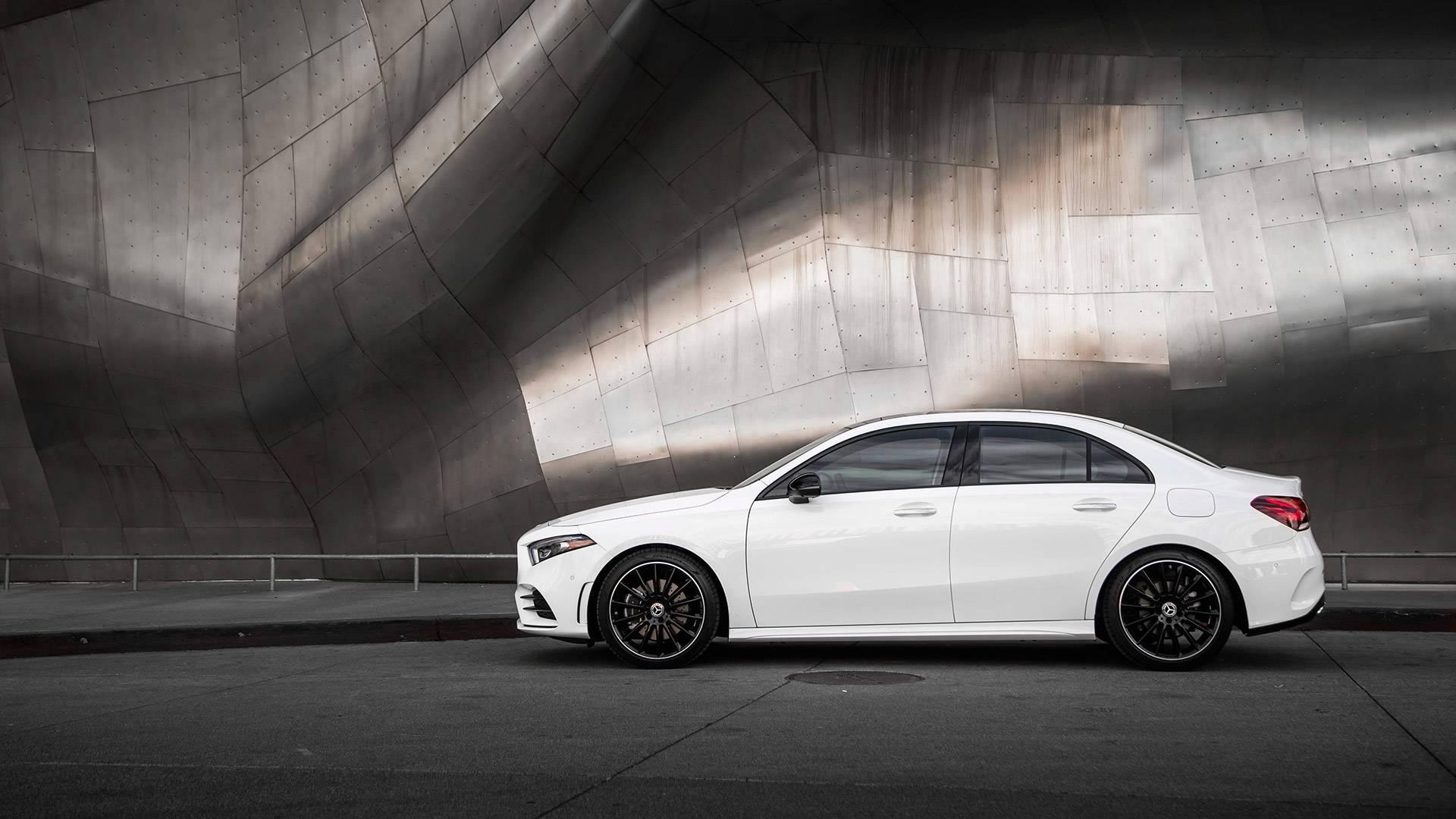 Renting particulares Mercedes sedan 180