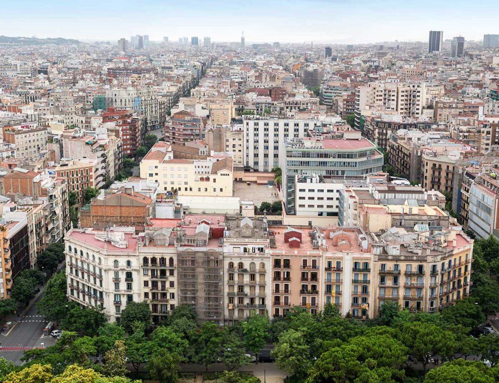 Barcelona se suma a las restricciones de tráfico a vehículos contaminantes