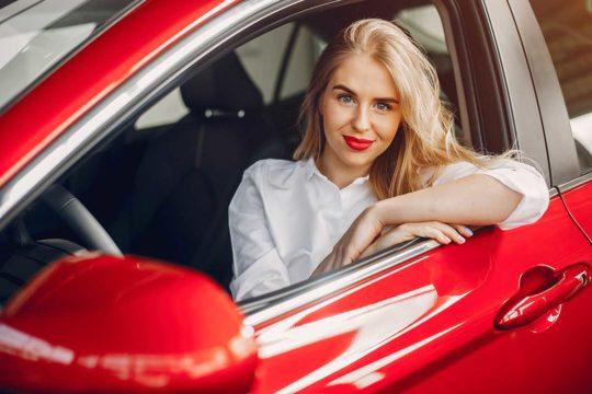 ¿Es cierto que los coches rojos tienen más accidentes?