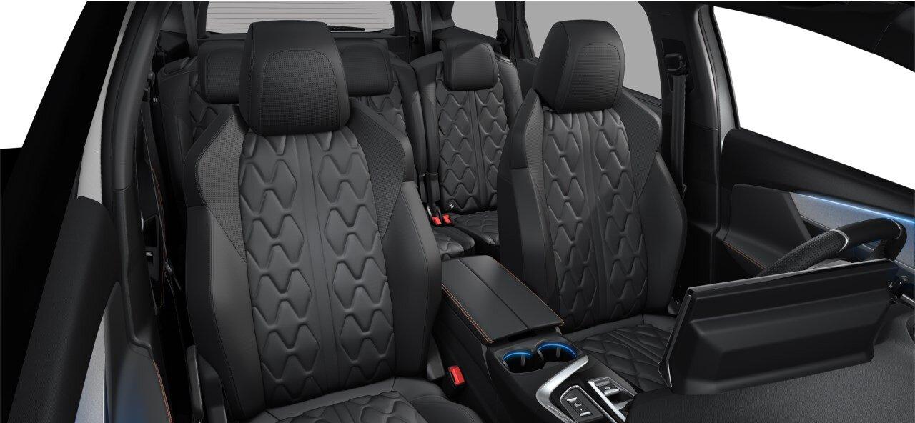 renting Peugeot 50081.5 BlueHDi S&S GT EAT8