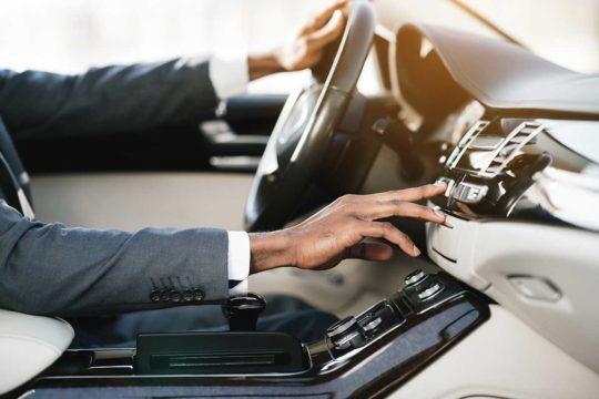 Vehículos de lujo para particulares o empresas, mejor con renting