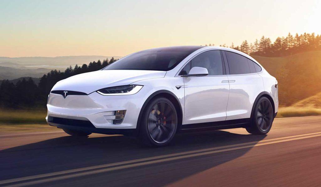 Tesla Model X: el coche de lujo 100% eléctrico