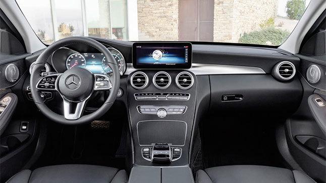renting mercedes clase c 200 interior