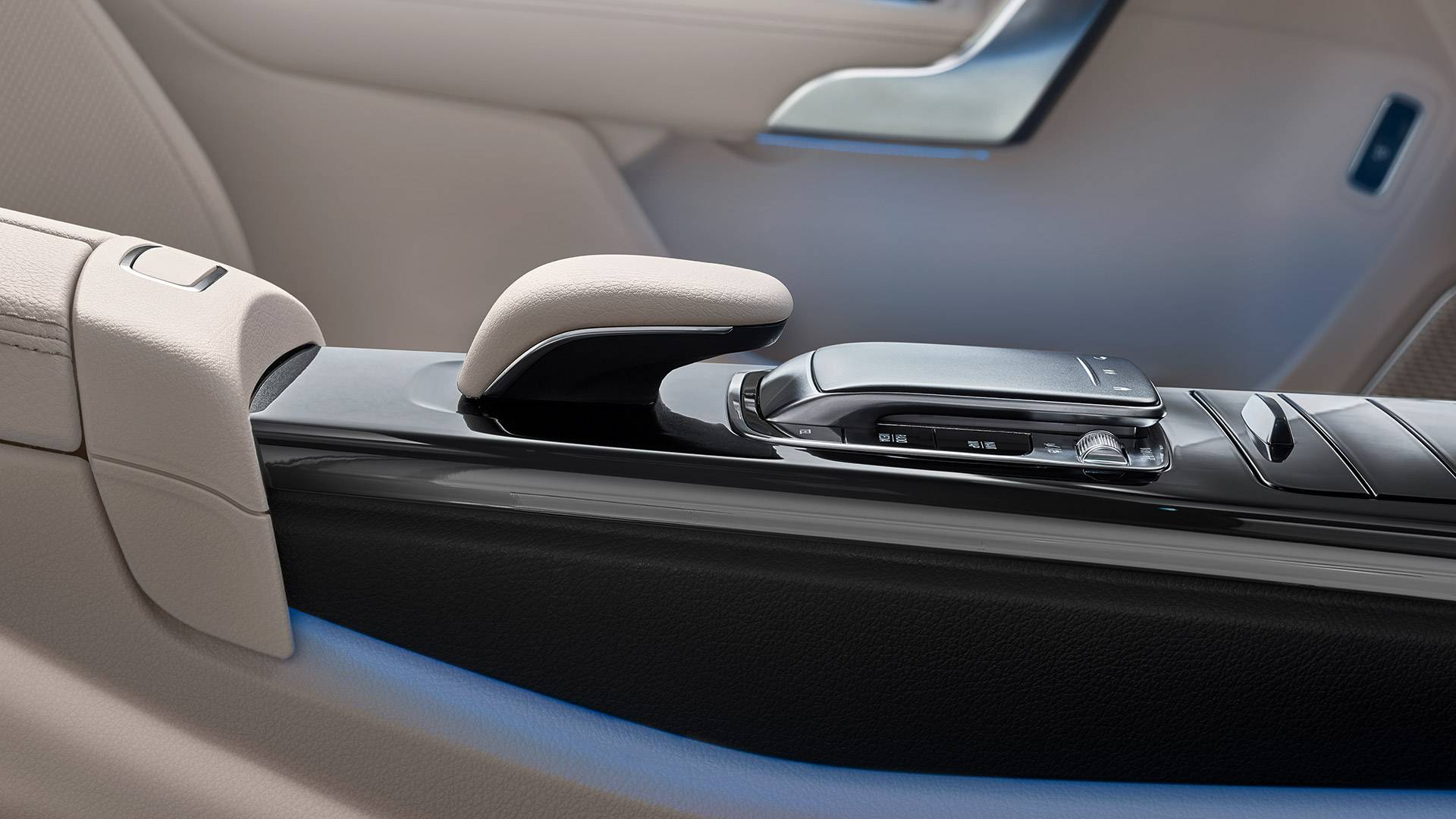 Renting para autónomos y empresas Mercedes Sedan