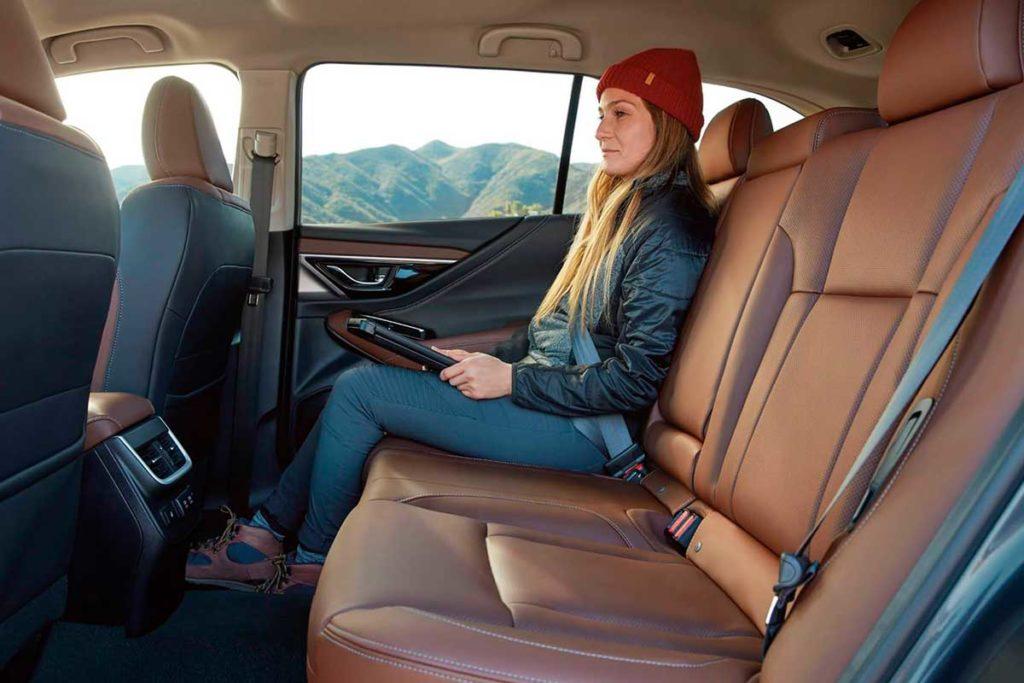 Habitáculo interior del nuevo Subaru Outback 2020
