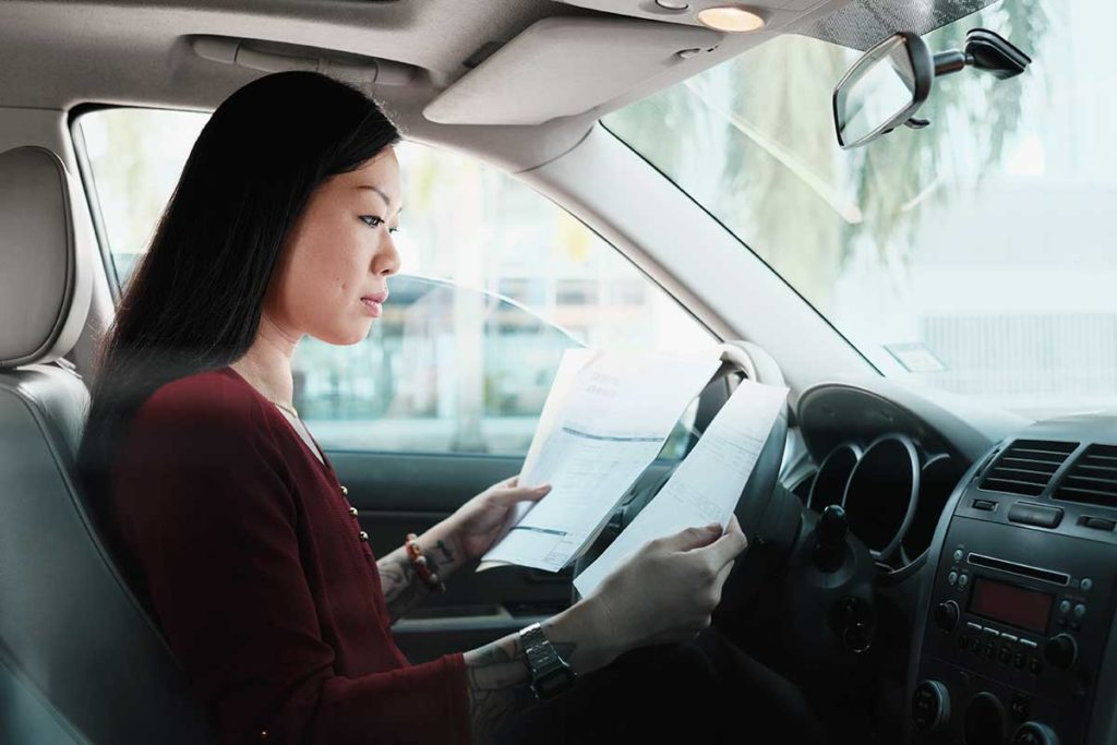 Los documentos obligatorios que debes llevar en el coche