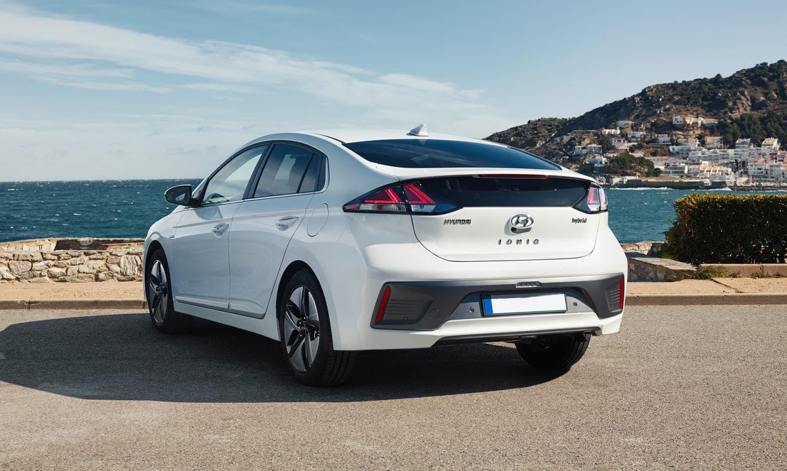 Renting Hyundai Ionic