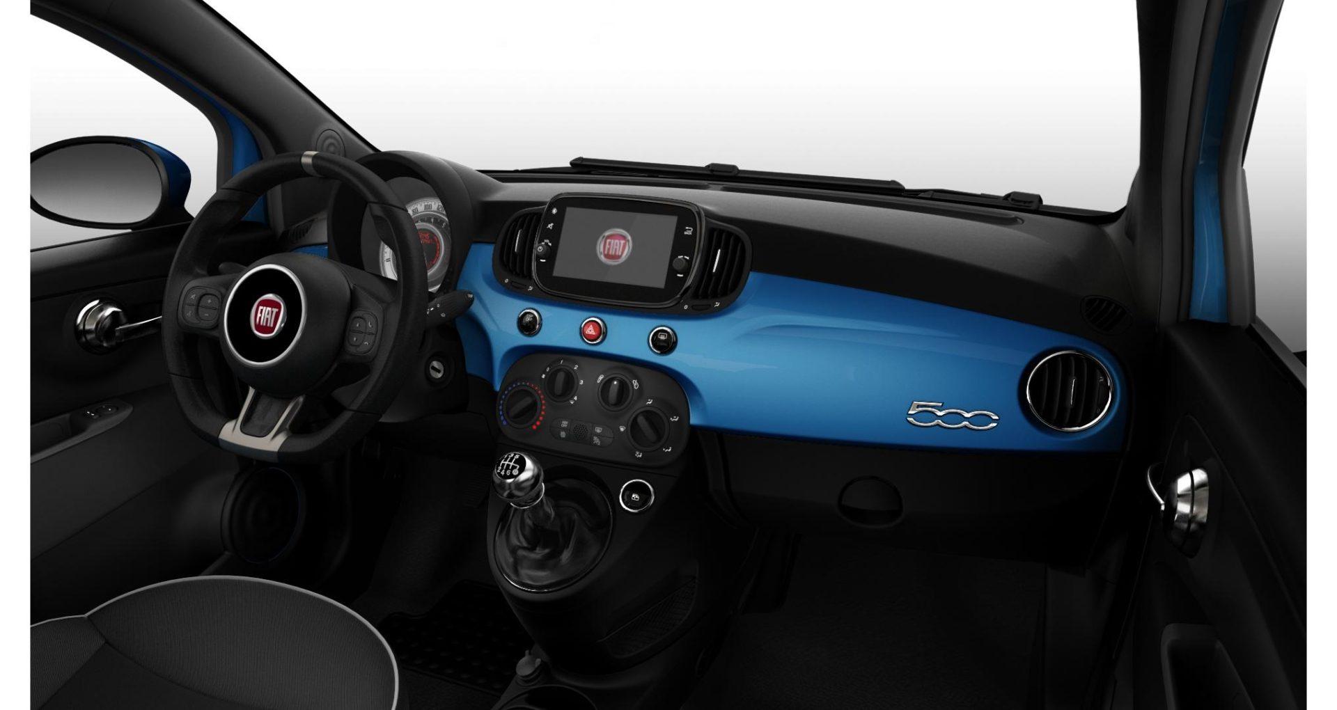 Renting Fiat 500 interior