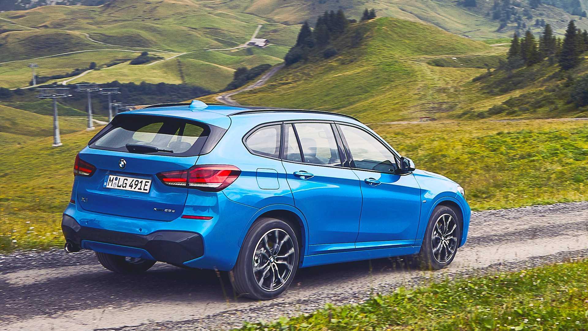 Ofertas de renting BMW X1 híbrido azul exterior