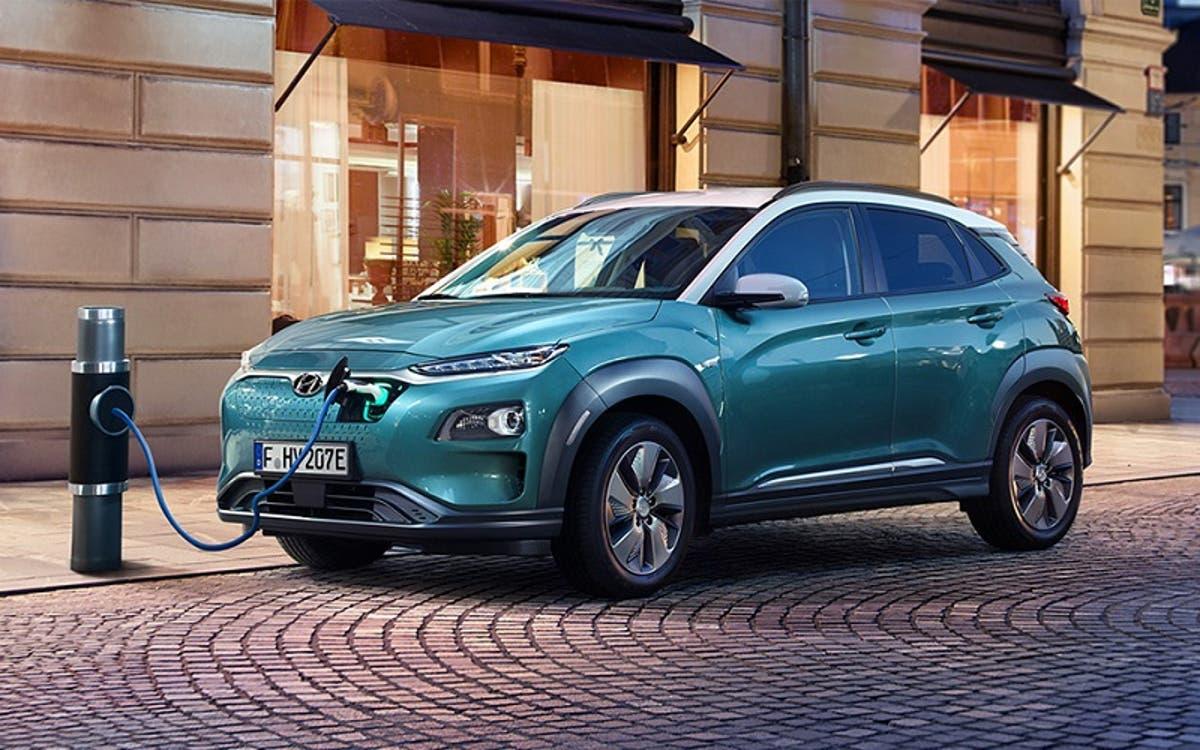Renting de coches Hyundai Kona Eléctrico azul cerámico
