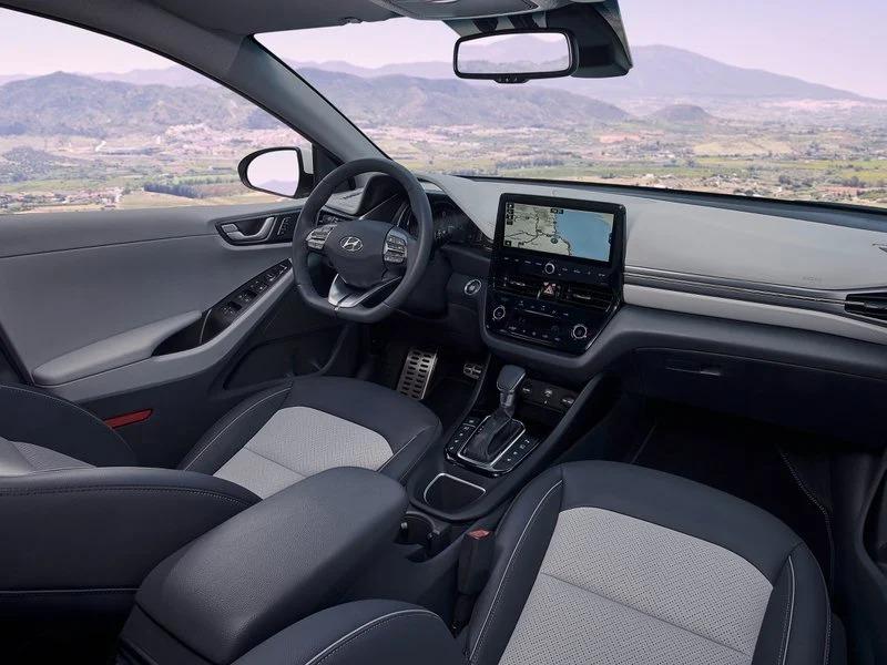 Interior del Hyundai Ioniq GDI PHEV