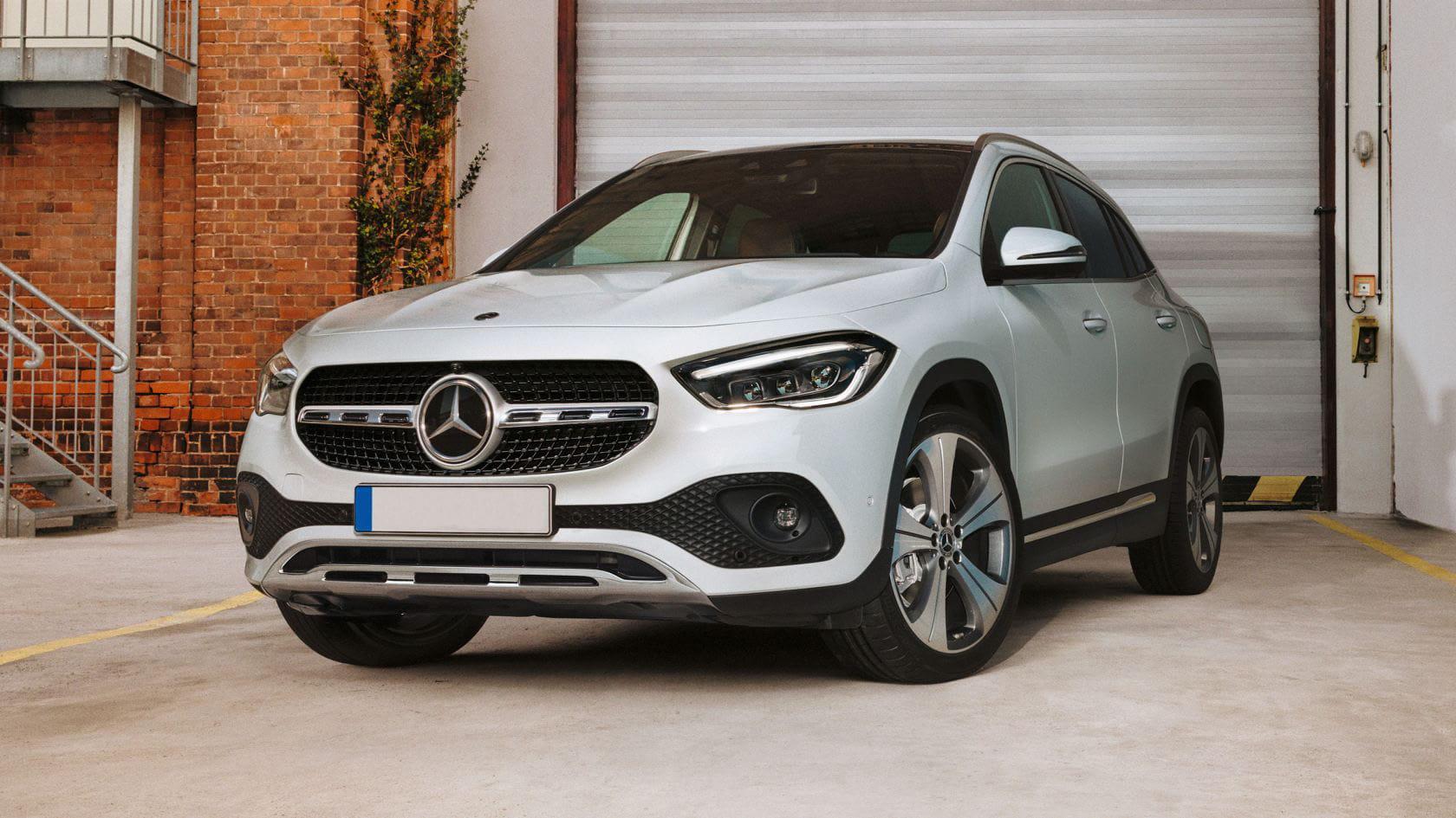Renting Mercedes GLA 200D blanco