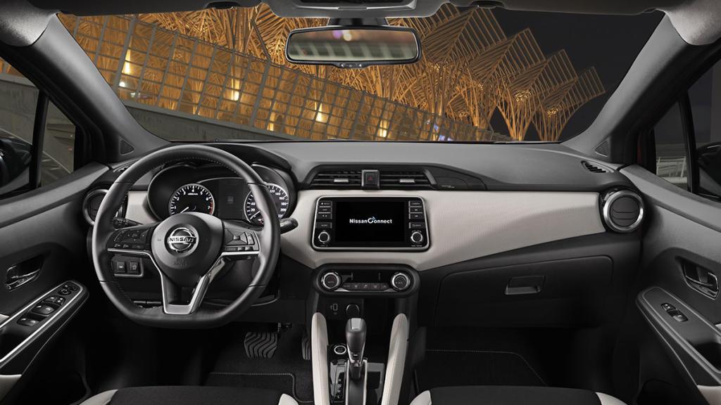 Interior del Nissan Micra IG T E6D Acenta