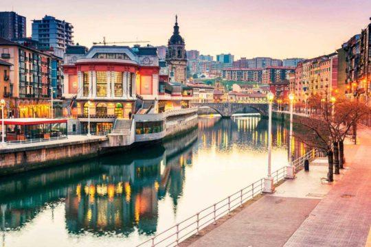 Bilbao limita el tráfico a 30 km/h