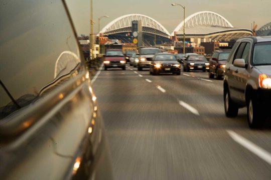 Mantener la distancia de seguridad en la carretera
