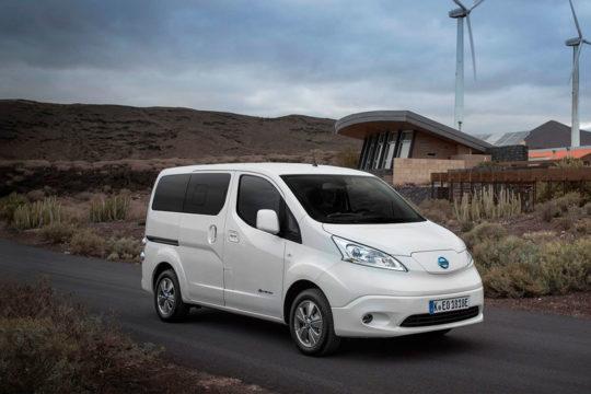 Renting Nissan e-NV200 Evalia