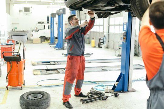 Guía para evitar las reparaciones de coche más comunes