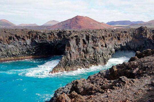Guía para conocer Lanzarote en coche, los Hervideros