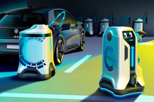 Conoce los robots autónomos de Volkswagen que cargan solos los coches eléctricos