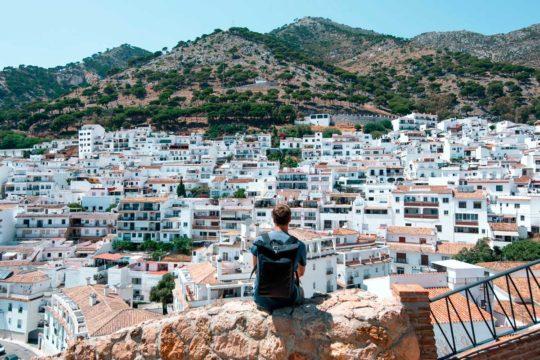Conoce en coche la ruta de los pueblos blancos de Andalucía