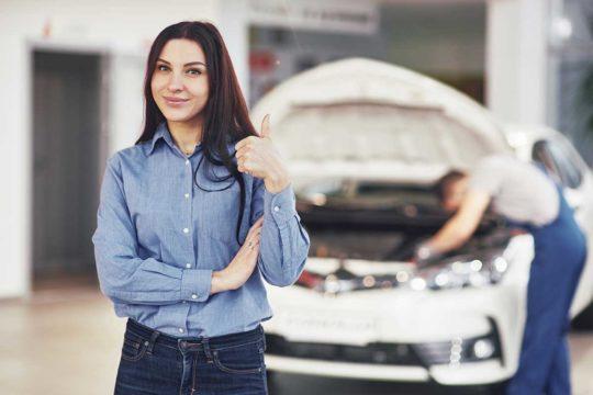 ¿Qué significa que el renting incluye el mantenimiento del coche?