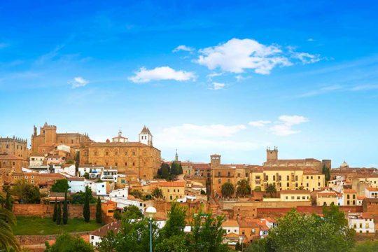 Explora Extremadura en coche