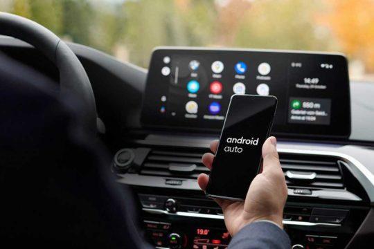 ¿No tienes Android Auto en tu coche? Te traemos la solución
