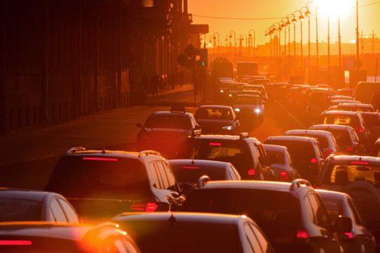 ¿Conoces las carreteras con más atascos de España? Te ayudamos a evitarlas